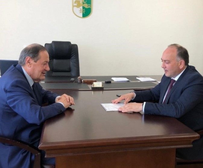 Oleg Botsiev conveyed to the head of the Ministry of Foreign Affairs of Abkhazia an appeal from the Ministry of Foreign Affairs of the Republic of South Ossetia to the governments of foreign states on the occasion of the 100th anniversary of the Ossetian