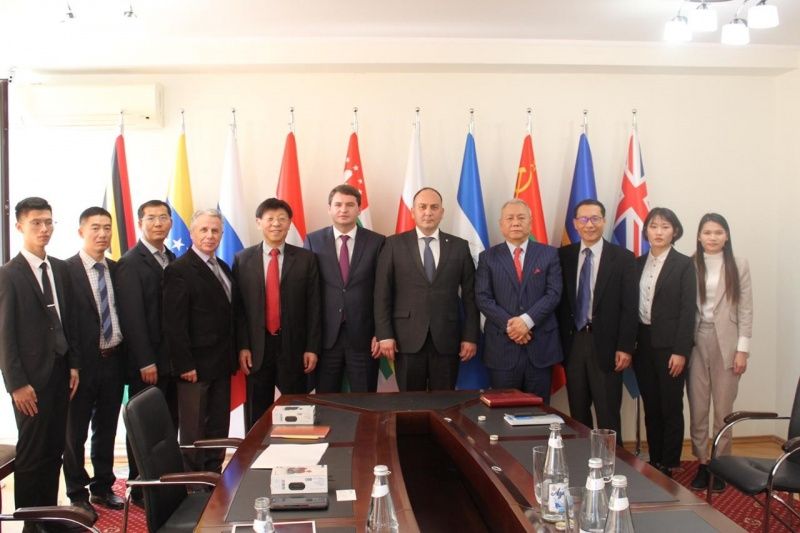 On the meeting with the delegation from China