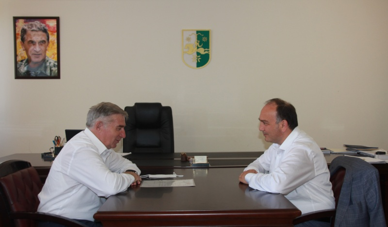Daur Kove hosted a meeting with Garry Kupalba