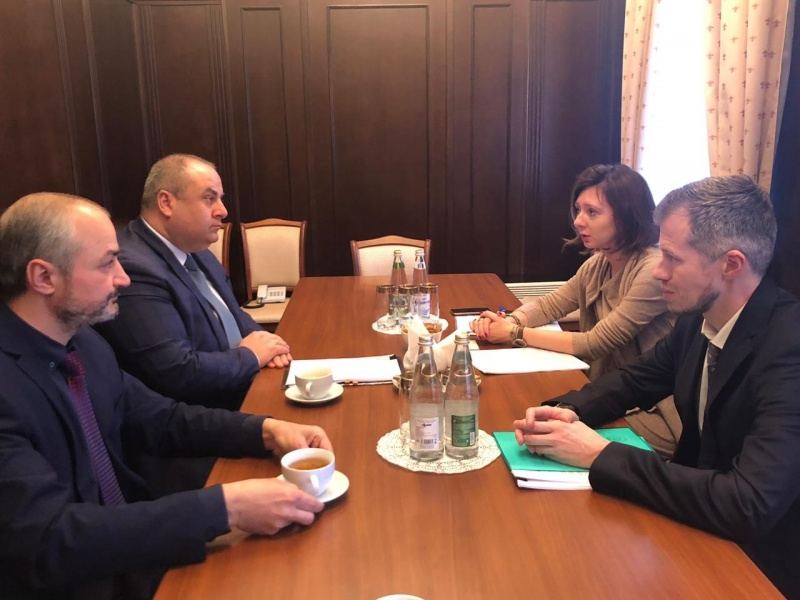 On the meeting of Bigvava O.M., the Deputy Minister of Foreign Affairs of the Republic of Abkhazia with Pavlova E.V., the head of the Consular Section of the Embassy of the Russian Federation in the Republic of Abkhazia